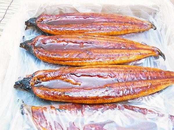 【売切】中国産蒲焼きウナギ 10kg/50尾(1尾=約200g)のサムネイル